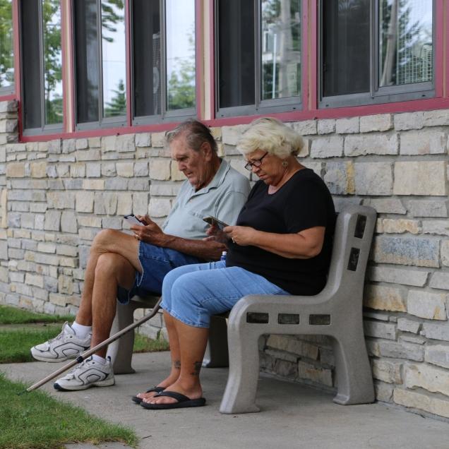 Waiting for laundry www.usathroughoureyes.com