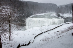 Middle Falls, Letchworth State Park, Castile, NY. www.usathroughoureyes.com