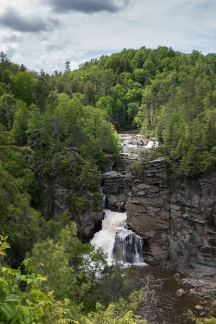 Linville Falls, North Carolina. www.usathroughoureyes.com