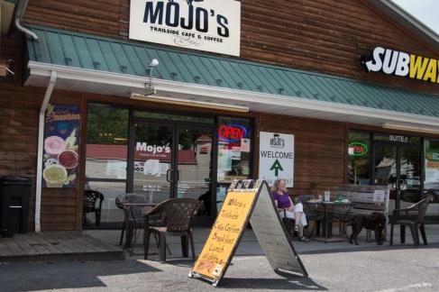 Mojo's, Damascus, Virginia. www.usathroughoureyes.com
